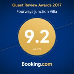 Booking.com - Fourways Villa